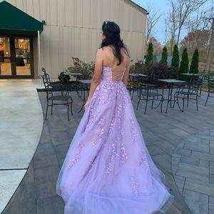 Henry's lavender prom dress Size 2